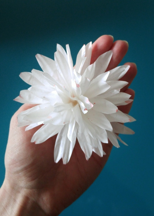 cupcake liners flower spiky petals