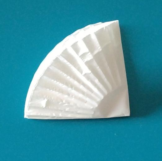 cupcake liners quarter fold